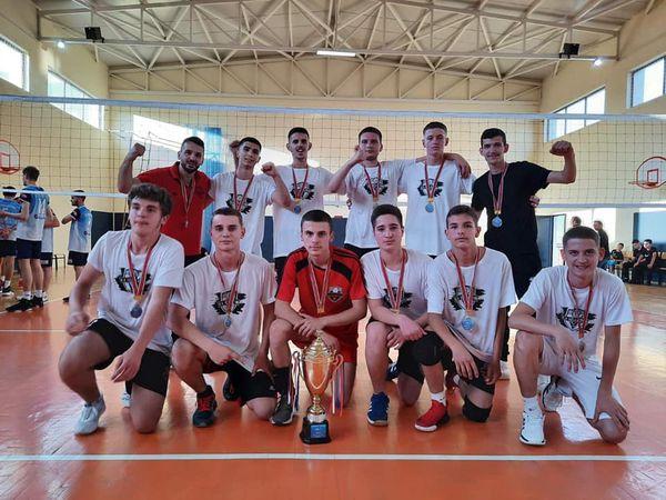 VËLLAZNIMI KAMPION TË KOSOVËS U18